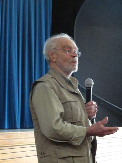 Conférence de Léandre BERGERON à Rignac