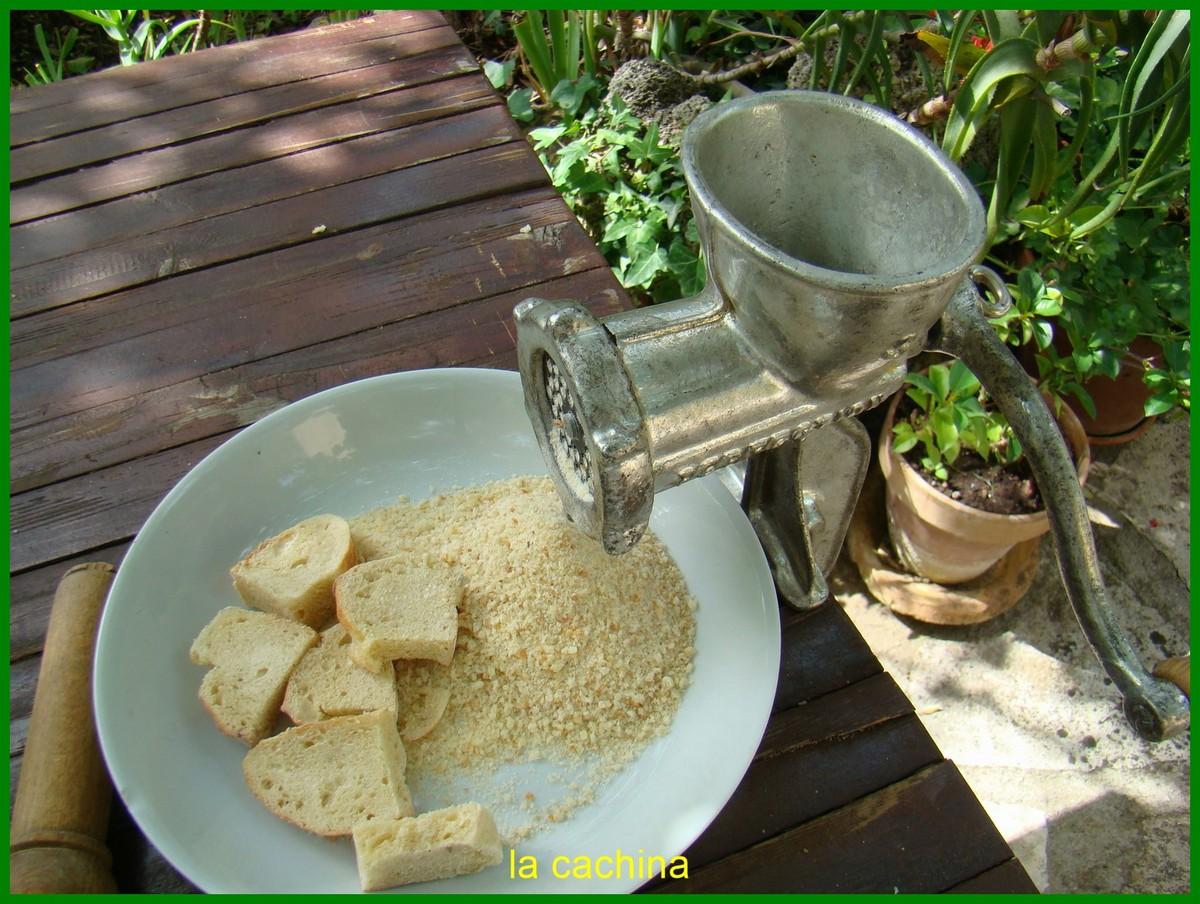 Faire de la chapelure avec du pain très dur
