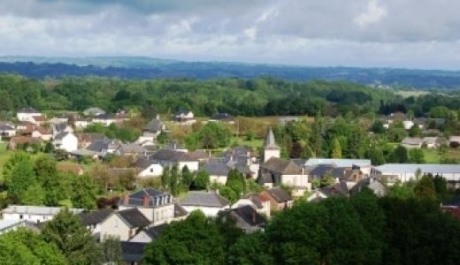 Photo aerienne du bourg  - Perpezac-le-Noir