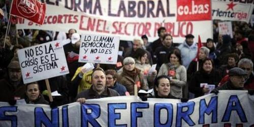 Espagne: manifestations spontanées contre l'austérité