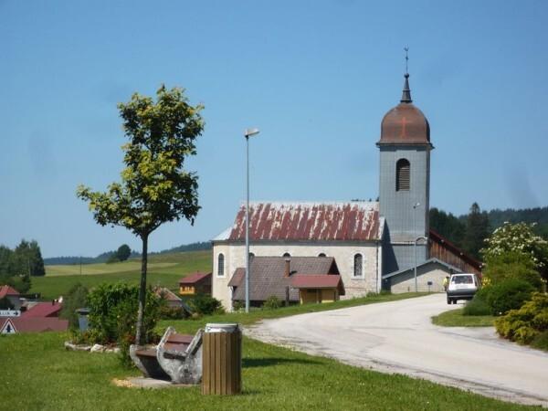 Eglises-recouvertes-d-une-armure01.jpg