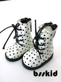 Chaussures pour Ibyangin, Linda Macario Yo-Sd
