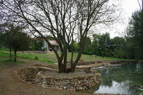 Un étang dans sa propriété. Le rêve