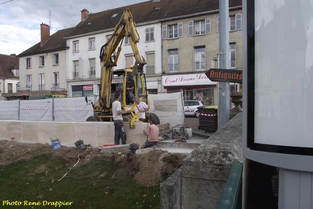 La réfection de la place de la Ville du Puy vue par René Drappier