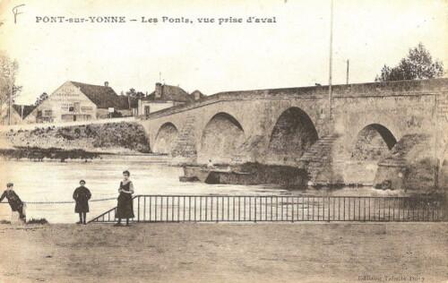 Pf Le pont, vue prise aval