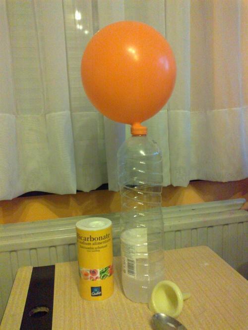 Expérience: le ballon autogonflant