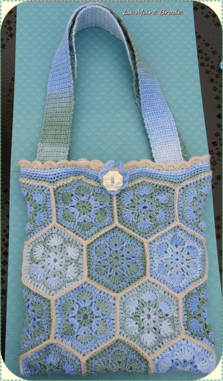 sac au crochet  fleurs africaines ,,, Bénodet Finistère