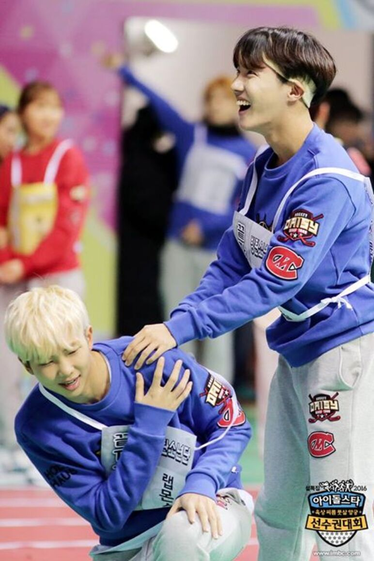 18/01/2016 MBC Idol Star Athletics Championship J-Hope + Rap Monster