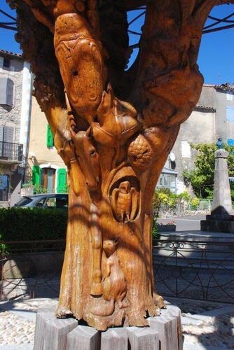L'arbre sculpté