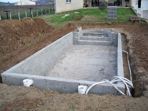 Autoconstruction de notre piscine for Construction piscine 19