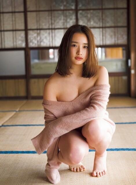 WEB Magazine : ( [FRIDAY Digital - Gravure] - |FRIDAY - 10/05/2019 - Oto Abe : 安倍 乙 柔肌バスト| )