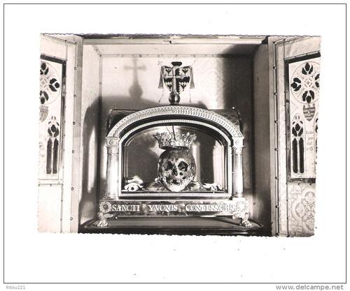 -Crâne de Saint-Yves (Tréguier)
