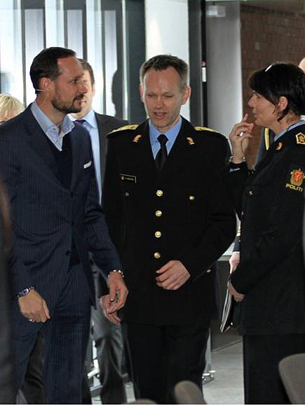 Haakon et la police