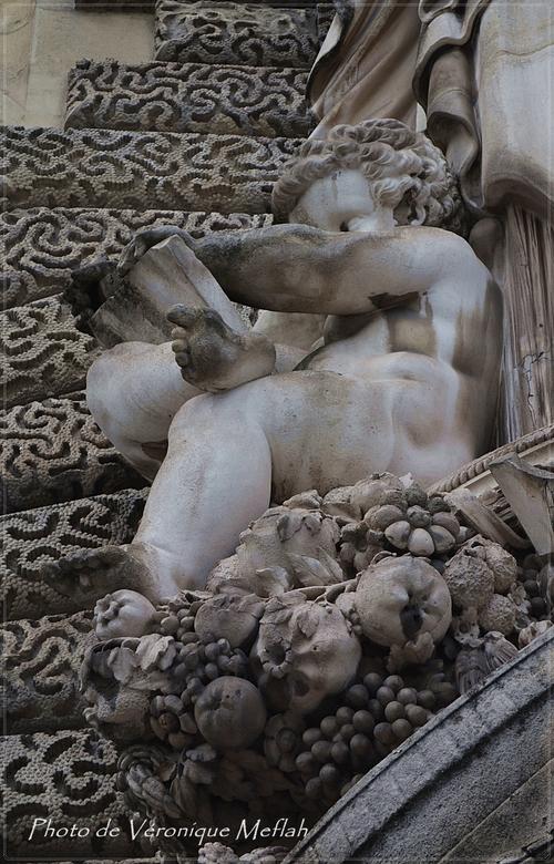 Le quartier Palais Royal-Louvre : Les Guichets du Louvre