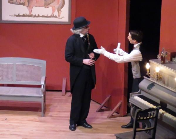 """""""Un fil à la patte"""" de Georges Feydeau, mis en scène et interprété par la Compagnie des Gens, a eu un très grand succès..."""