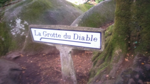 -La grotte du diable (Forêt d'Huelgoat)