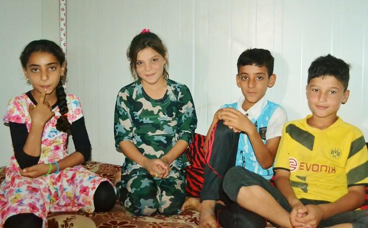Camp de Baharka: Rafal, Noor, Walid Ismael / Églantine Gabaix-Hialé