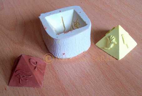 moule en silicone pyramide - Arts et sculpture: sculpteur designer