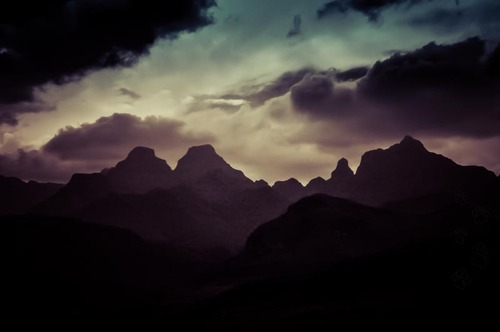 Dragon mountains (Drakensberg)
