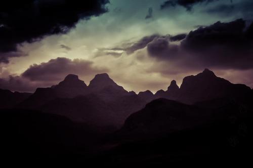 Dragon mountains (Drakensberg)