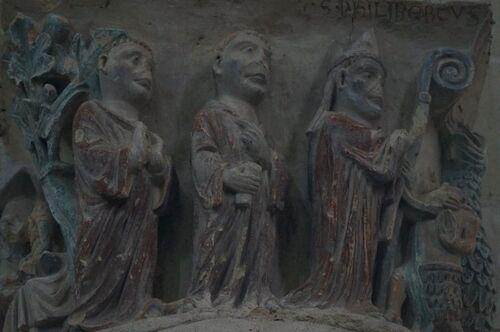 2- Chapiteaux de Notre Dame de Cunault