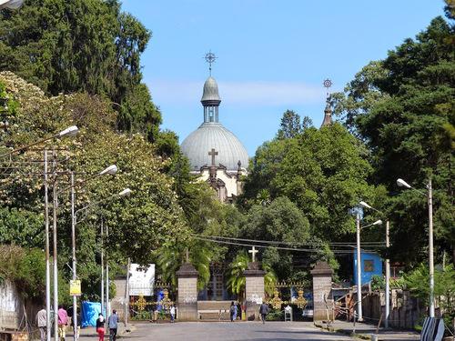 la cathédrale orthodoxe de la Sainte Trinité à Addis Abeba