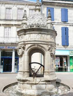 Paris - Roncevaux - Saint Jean d'Angely (24 km)