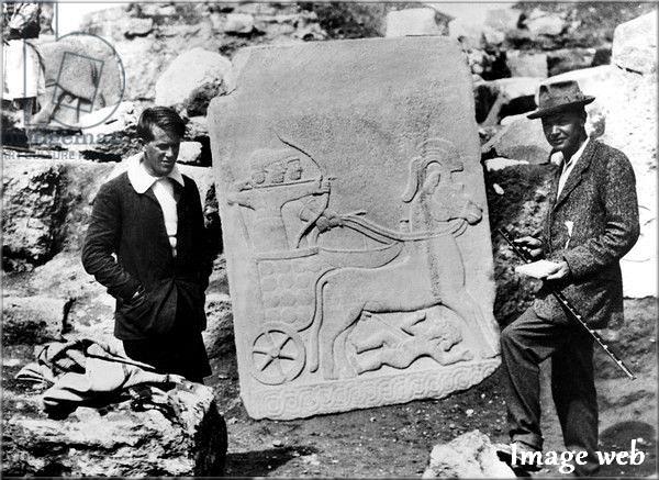 Agatha Christie, son mari archéologue, T.E. Lawrence (dit d'Arabie) et les fouilles en Mésopotamie