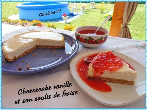 Cheesecake vanille et son coulis de fraises