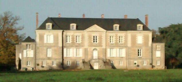 samedi - l'un des 7 châteaux de Saint Hilaire