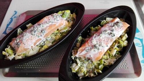 Filet de saumon et sa fondue de poireaux aux algues