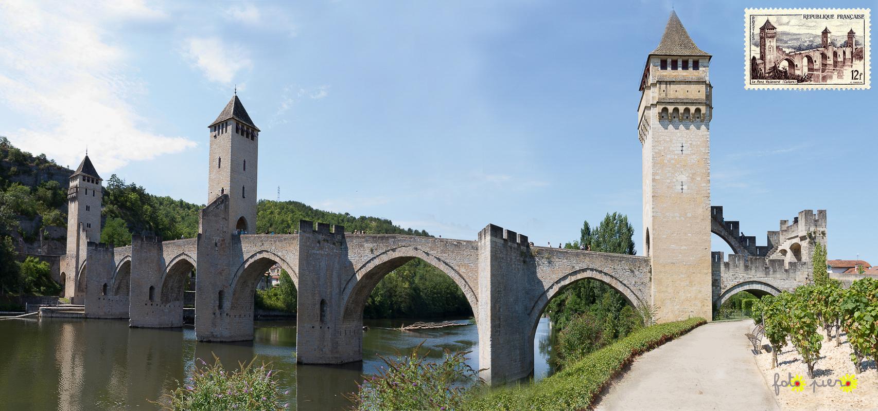 Le pont Valentré, Cahors - Lot, août 2013.