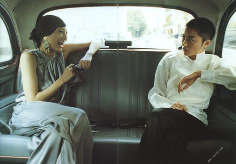 Photobooks : (  09.1999  Harumi Inoue : Photobook LIVE )