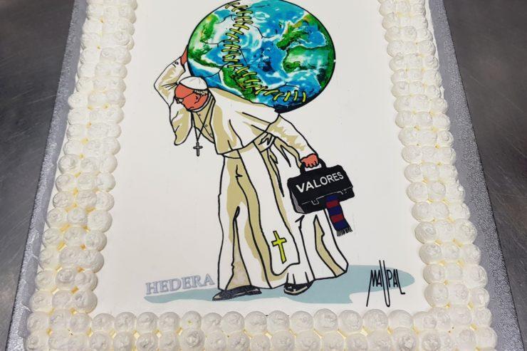 Gâteau d'anniversaire du pape © HEDERA