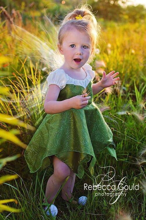 Petites filles en fleurs