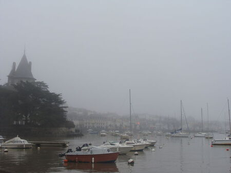 Pornic_dans_le_brouillard__7_