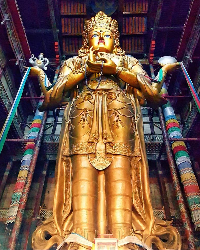 """Résultat de recherche d'images pour """"statue de Megjid-Janraisig, le bodhisattva Avalokiteshvara"""""""