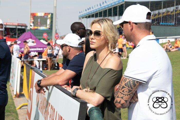 Charlène supporte l'équipe de rugby à DUBAI