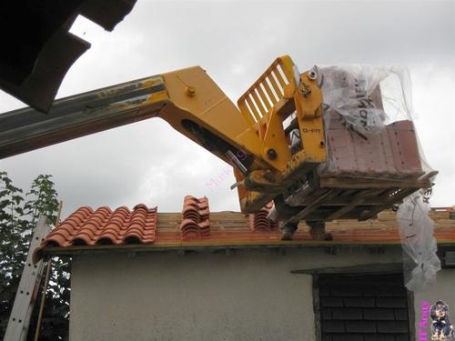 Rénovation toiture .. pose des tuiles et résultat final