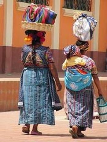 almolonga-marche-joli-mariage-typique-guatema-l-2