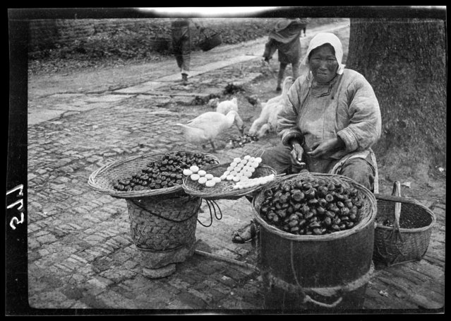 Water Chestnuts. China, Hangzhou, 1917-1919. (Photo by Sidney David Gamble)
