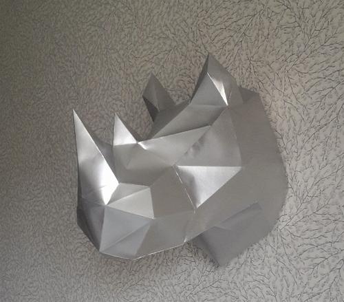 tete de rhino en papier...