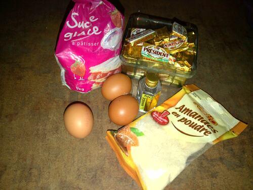 Gaufres amande, pommes  caramel au beurre salé