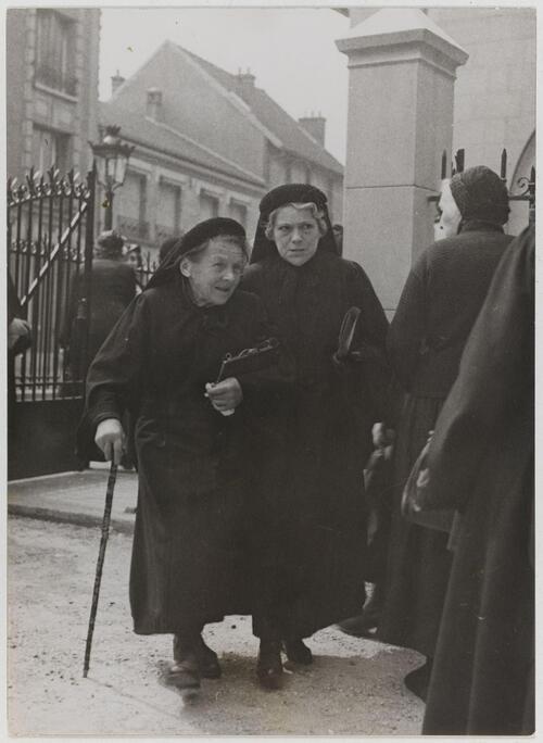 Paris. Reportage sur les Antoinistes - Fonds Marcel Cerf-1935-1936 #19