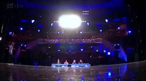 Britain's Got Talent : description of the stage