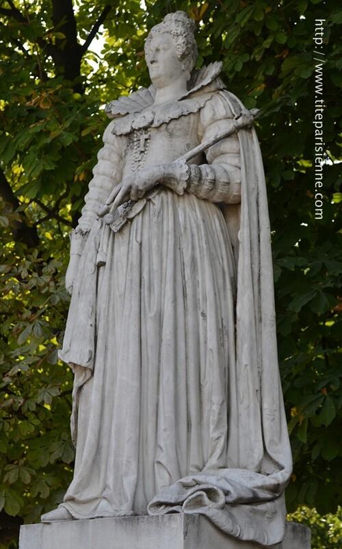 Jardin du Luxembourg : statue de Marie de Médicis
