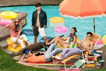 xtommy-spring-2011-campaign.jpeg.pagespeed.ic.rFVKoF92i6