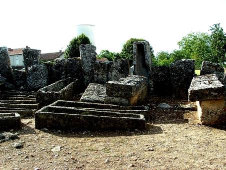 Civaux : Une ville chargé d'histoire…..........