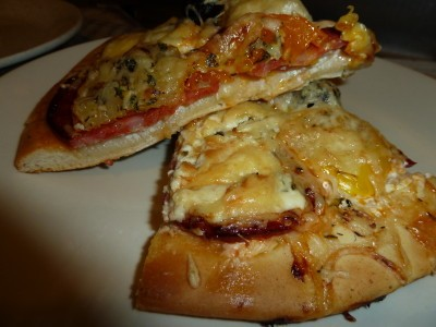 pizza-exp-chor-chevr-tomate--1-.JPG