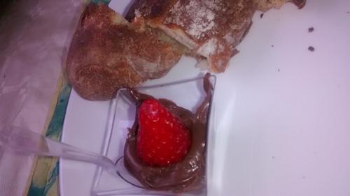 Idée de petit dej: Pain Chocolat et Fraise_La cuisinette de Laurette